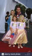 Oct-29-2001-k23187ag-8th-annual-dream-halloween-barker-hanger-santa-DNTFAF