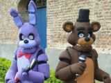 Five Nights at Freddy's costume(s)