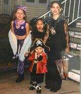 Two popstars, a countess and a pirate, circa 2002