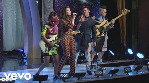 Hailee Steinfeld - Rock Bottom (Live On Good Morning America) ft
