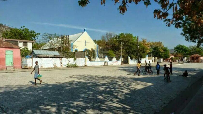 Eglise Saint-Claire 910