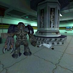 Alien Grunt and two dead scientists in an early Datacore map, originally appeared in singleplayer.