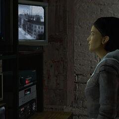 Alyx watching monitors.