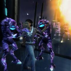 Purple Vortigaunts rescuing Alyx.
