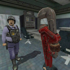 Early <i>Opposing Force</i> screenshot including the Pipe Wrench.