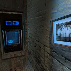 The Kleiner's Lab retinal scanner and the Black Mesa scientists portrait.