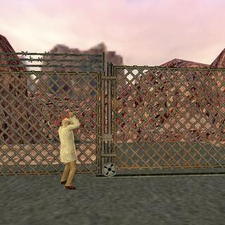 Walter usando la palanca para abrir la reja y salir de Black Mesa