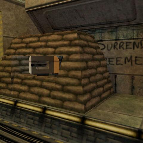 Doble Torreta ubicada cerca de la puerta del cohete