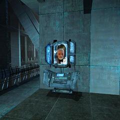 Un Monitor siendo usado por Breen para comunicarse con Gordon en la Ciudadela