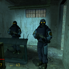 Guardias de Prision Nova Prospekt esperando a Gordon junto a un cañon de Emplazamiento