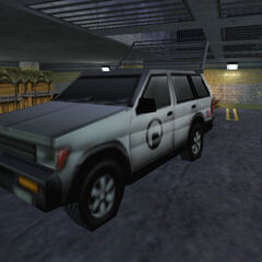 Shock Trooper cerca de un SUV