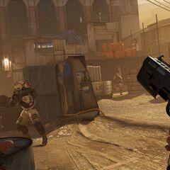 Alyx con su pistola en Half-Life: Alyx