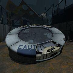 El dañado Incinerador de Inteligencia de la Cámara de GLaDOS en Portal 2