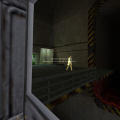 Avistamiento de Gordon Freeman esperando su tranvía para ir al Sector C