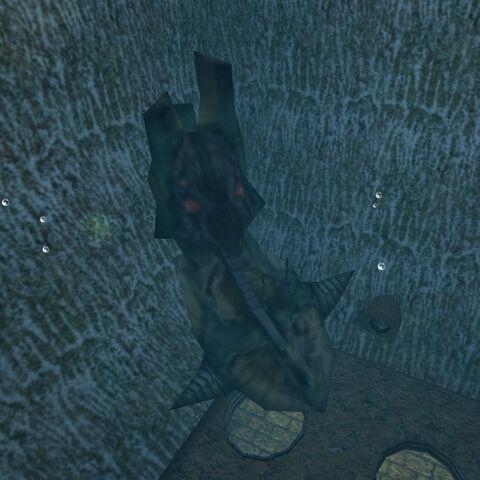 cuerpo del Tentacle en agua debajo del Silo D