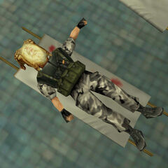 Soldado HECU con un Headcrab en la cabeza, parodia de Alien, la película