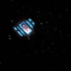 Monitor de un Interface con la cara de Breen visto en la introducción de Episode One