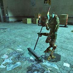 Vortigaunt esclavizado limpiando en Half-Life 2