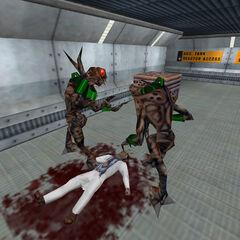 Vortigaunts conversando sobre un cuerpo en Black Mesa