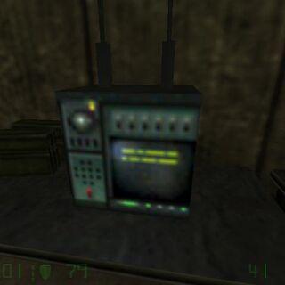 Radio encontrada en el campo de entrenamiento