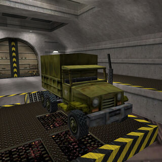 Camión en la entrada del Complejo Lambda