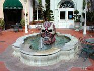 HHN 2001 Skull Fountain