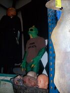HHN Hallowd Past Props 40