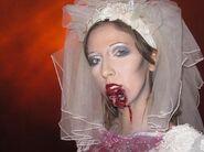 HHN 20 Bride