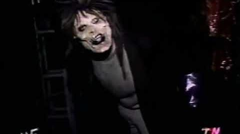 Undertaker Haunted House Exhibit - 2000 - Universal Studios