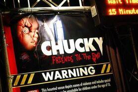 HHN Chucky Sign