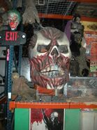 HHN Hallowd Past Props 24