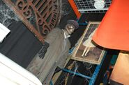 HHN Hallowd Past Props 6