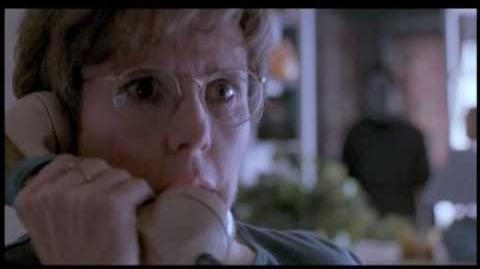 Halloween 6 The Curse of Michael Myers - Michael Kills Debra Strode