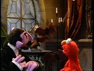 Elmo Says BOO! 374