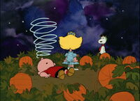 Pumpkin-charlie-brown-disneyscreencaps.com-2543