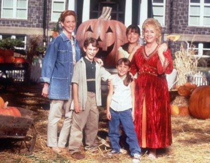Image - Halloweentown-top-10-halloween-movies-for-kids.jpg ...