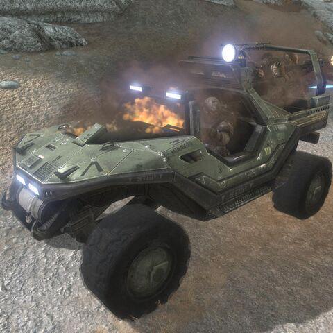 3 Echo mit einen schwer beschädigten Truppentransporter