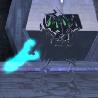 Zelota in Halo Combat Evolved; la spada è ben visibile