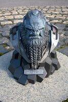 Halo Wars 2 Brute Statue 3
