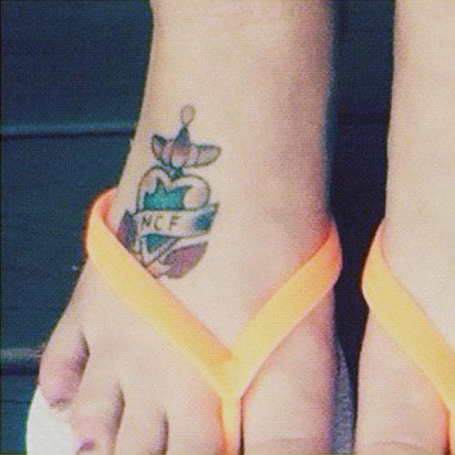 Feet halsey Halsey Hottest