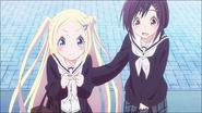 Hana and Naru visit shop
