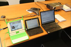 Comparing the OLPC, an old Psion Series 7 and a Thinkpad X31 (w. Ubuntu)