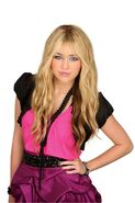 Hannah Montana Forever 22