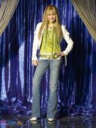 Hannah-Montana-Season-2-Promotional-Photos-HQ-3-hannah-montana-8455919-374-500