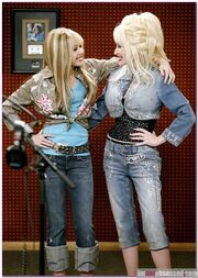 Dolly parton defends hannah montana miley cyrus may 24 1