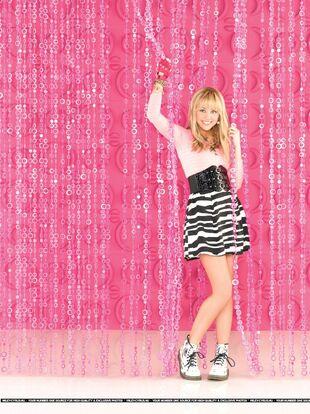 Hannah-Montana-Season-3-Promotional-Photos-3-hannah-montana-8468079-1917-2560