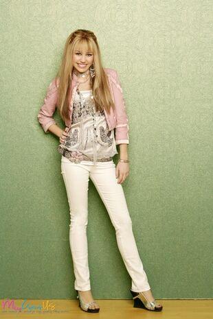 Hannah-Montana-Season-2-Promotional-Photos-HQ-3-hannah-montana-8456121-333-500