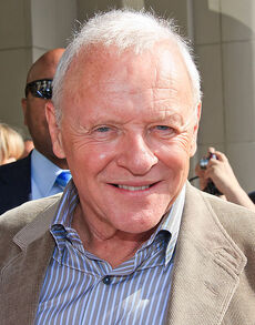 471px-AnthonyHopkins10TIFF
