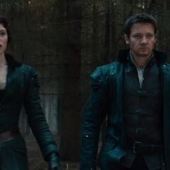 Hansel & Gretel looks at Jackson.