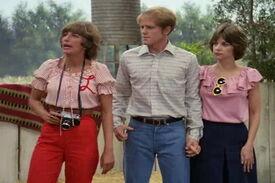 Happy Days Richie and Fonzie gets help from friends Laverne-Shriley-Season 7-Shotgun Wedding